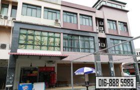 3 Storey Shophouse CORNER at RH Plaza, Kuching