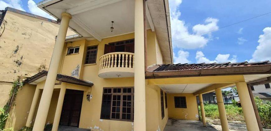 Double Storey Semi D House at Jalan Lapangan Terbang, Kuching