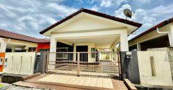 Single Storey Semi Detached House at Stapok Utama